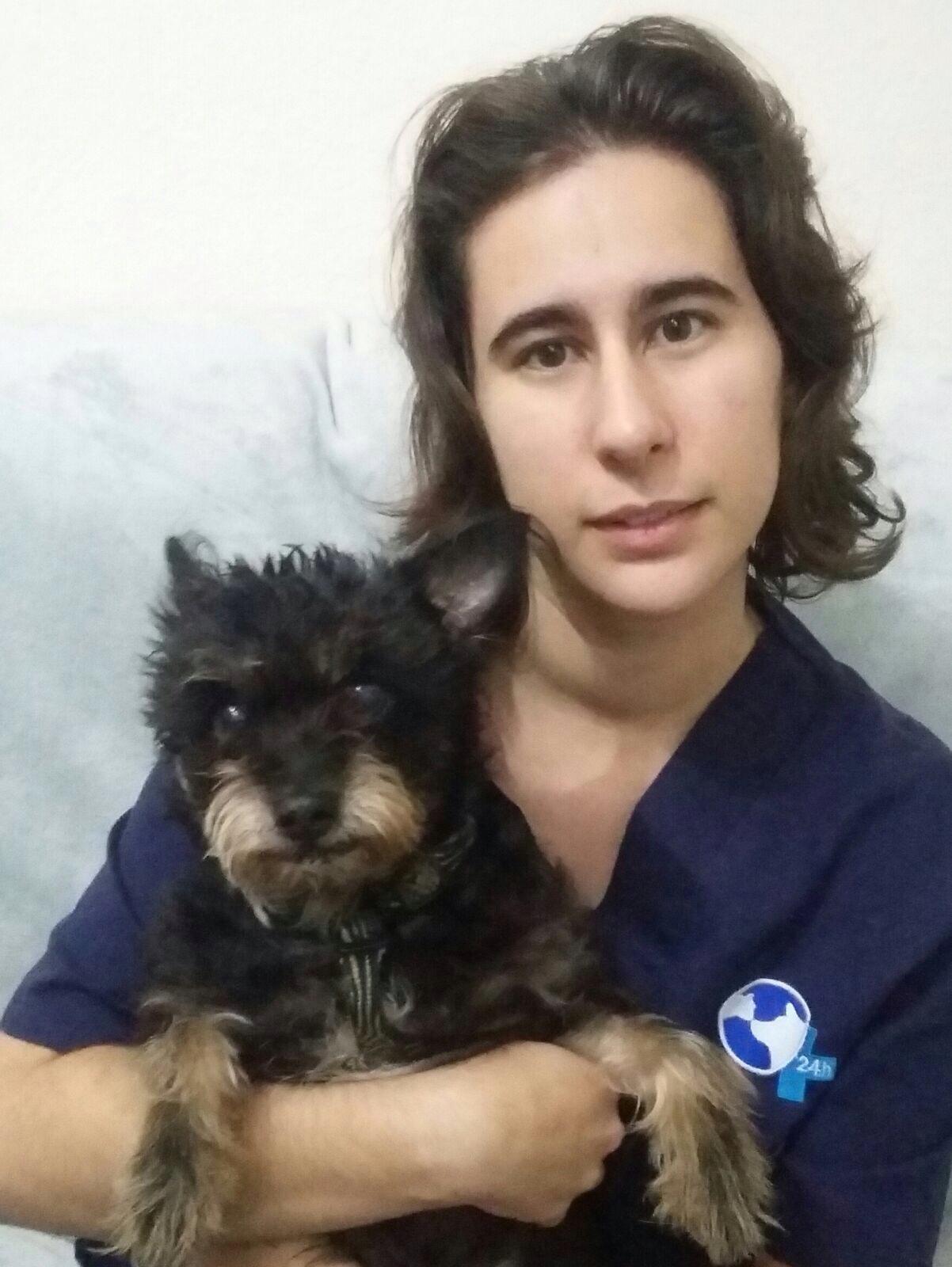 Elisa Márquez Montero - Valencia Hospital Veterinario